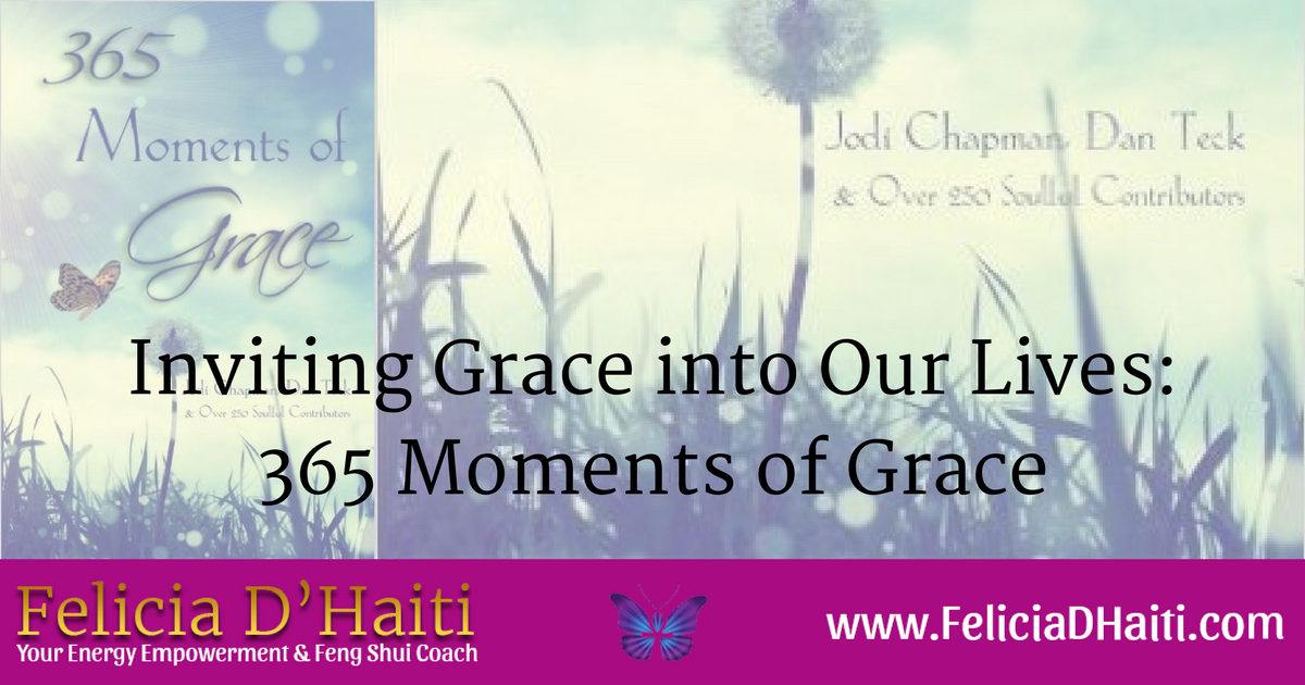 Inviting Grace into Our Lives: 365 Moments of Grace